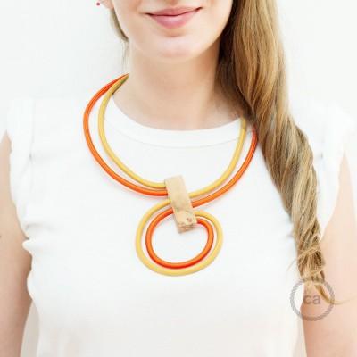 Infinity Χειροποίητο Κολιέ με συνδυασμό χρωμάτων Μουσταρδί και Πορτοκαλί RM25 & RM15.